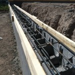 Pouring retaining wall cap